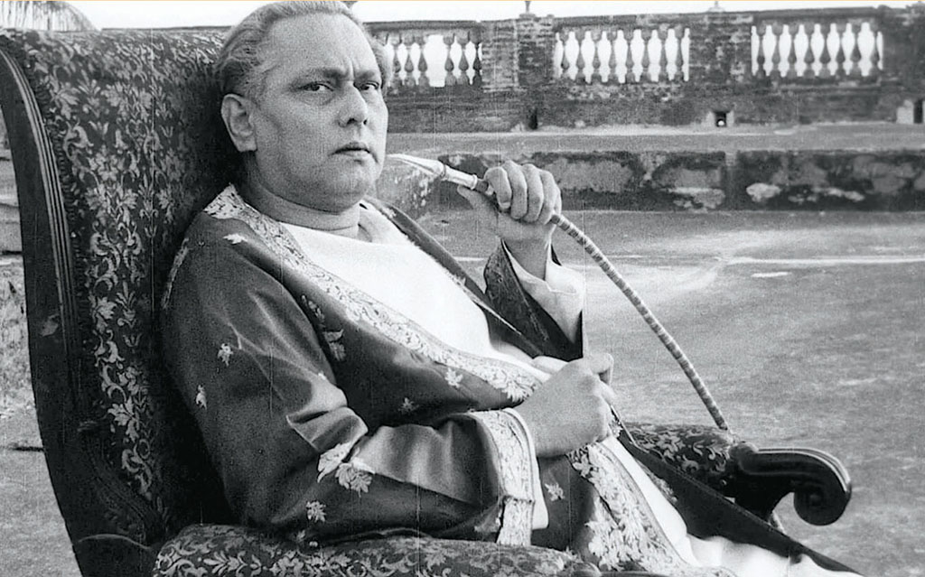 Biswambhar Roy in Jalsaghar
