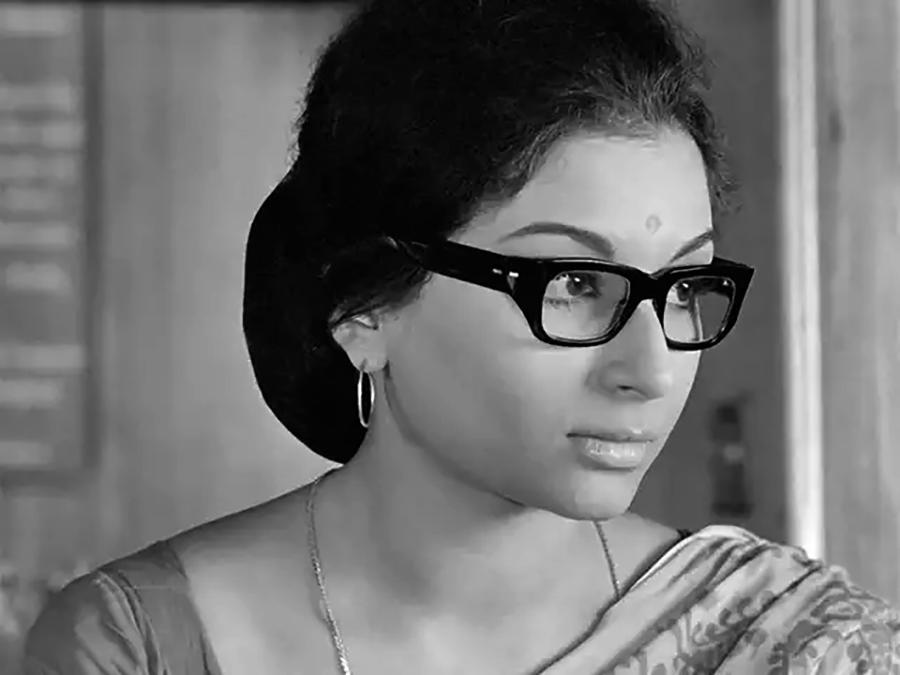 Aditi (Sharmila Tagore)