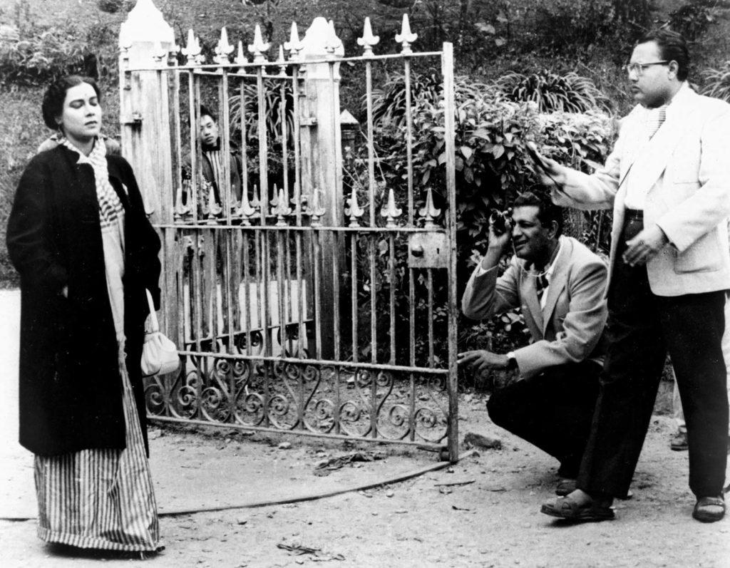 Satyajit Ray filming Kanchenjungha