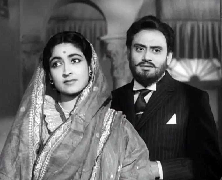 Still from Satyajit Ray's Monihara
