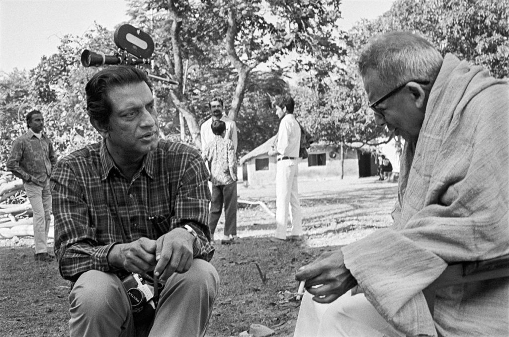 Satyajit Ray and Binode Bihari Mukherjee during filming of the documentary ©Nemai Ghosh