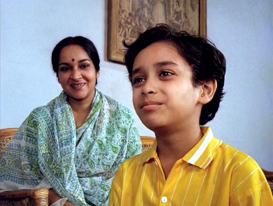 Anila (Mamata Shankar) and her son
